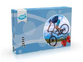 Picture showing Round Personalized Puzzle 500 in box