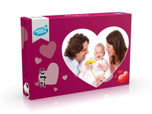 Picture showing Heart Personalized Puzzle 240 in box